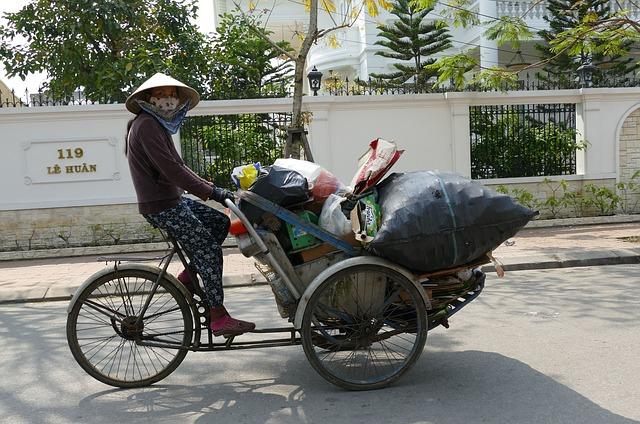 Vietnamese waste transportation - WOIMA Corporation